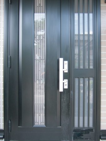 アルミ製玄関ドアの傷・劣化