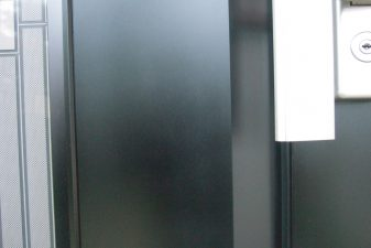 アルミ製玄関ドアの傷・劣化の塗装・補修
